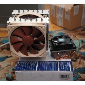 Comparatia de dimensiune intre NH-D14 si coolerul stock AMD pentru socket AM3
